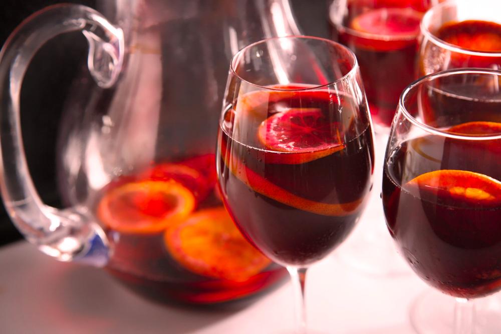 """Коктейль """"Апельсины в красном вине"""""""
