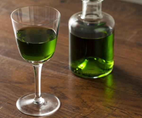 5 рецептов ратафии на основе полыни