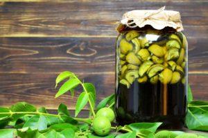 как приготовить ратафию из грецких орехов