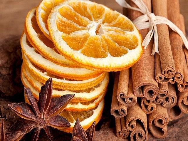 Ваниль и корочки цитрусовых - ингредиенты для анисовой настойки