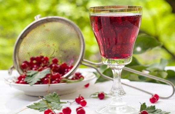 Домашнее вино из красной смородины